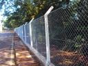 Instalação de alambrado de proteção é solicitada por Vereador