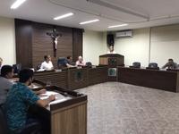 Parlamentar cobra revisão salarial para funcionários da Câmara